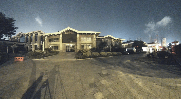 180°panoramic mini bullet camera night view of a building